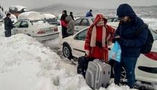 برف و کولاک در امامزاده هاشم گیلان/تصاویر