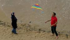 تصاویر/ حضور گردشگران نوروزی در سواحل بوشهر