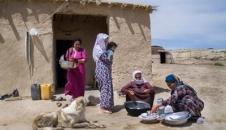 زندگی زن چوپان در چراگاههای گلستان/تصاویر